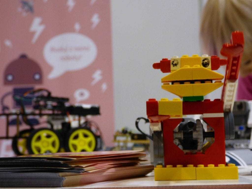 Lego Sets and Lego Toys for Geeks - Lego Robot